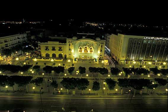 tunis-مركز المدينة في الليل2 (567x378, 31Kb)