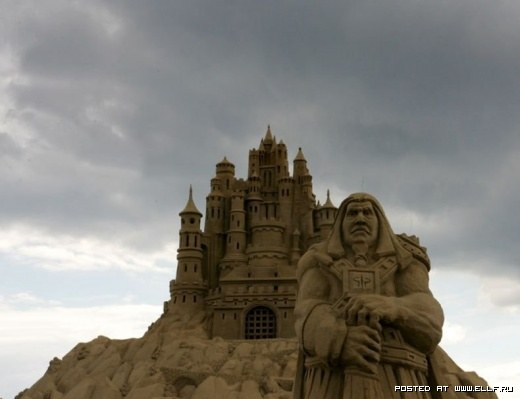 1220314815_best-sand-sculptures1 (520x399, 28Kb)