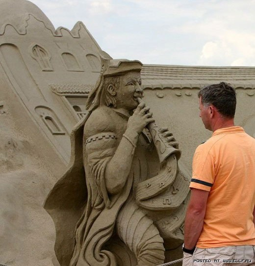 1220315071_best-sand-sculptures34 (520x543, 60Kb)