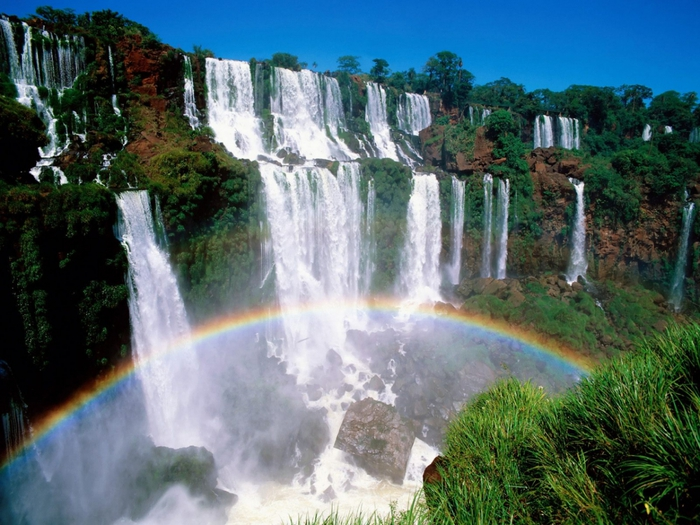 3241851_Iguazu_National_Park__Argentina (700x525, 310Kb)
