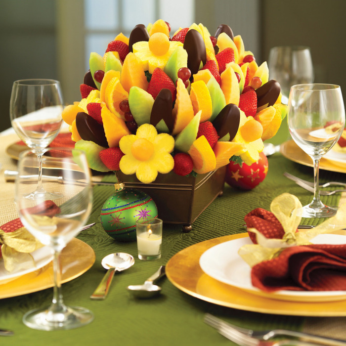 2591765401_3c9e805cbf Edible Arrangement Holiday Table_L (700x700, 172Kb)
