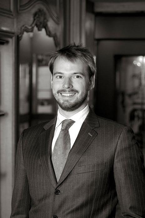 Andre Terrail president (464x700, 187Kb)
