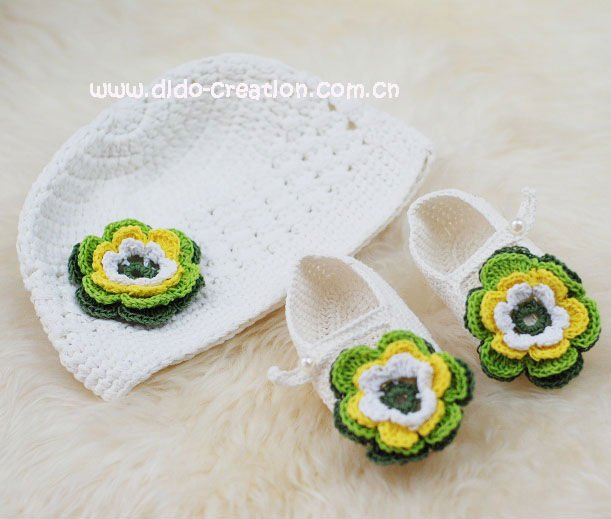 DD99012E_Handmade_Crochet_Baby_Hat_Shoes_Set_100_cotton (611x519, 48Kb)