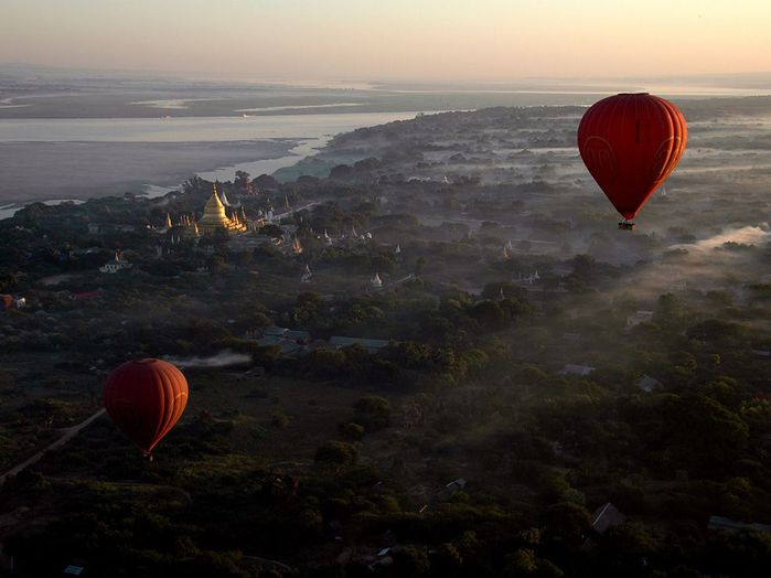 hot-air-balloons-bagan_35663_990x742 (700x524, 42Kb)