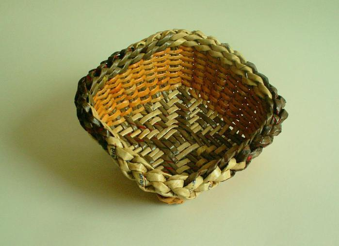 weaving small basket