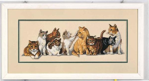 12 картин.  Животные.  Вышивка крестом, схемы.