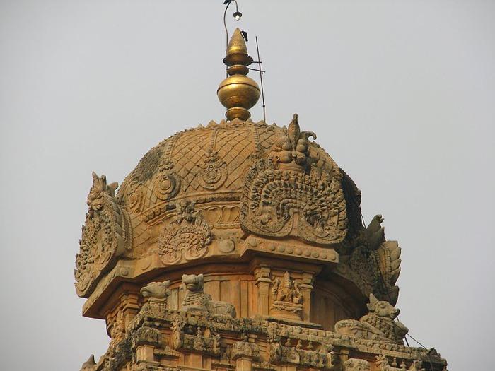 Танджавур - Брихандишвара Мандир (Brihadishwara Mandir) 35025
