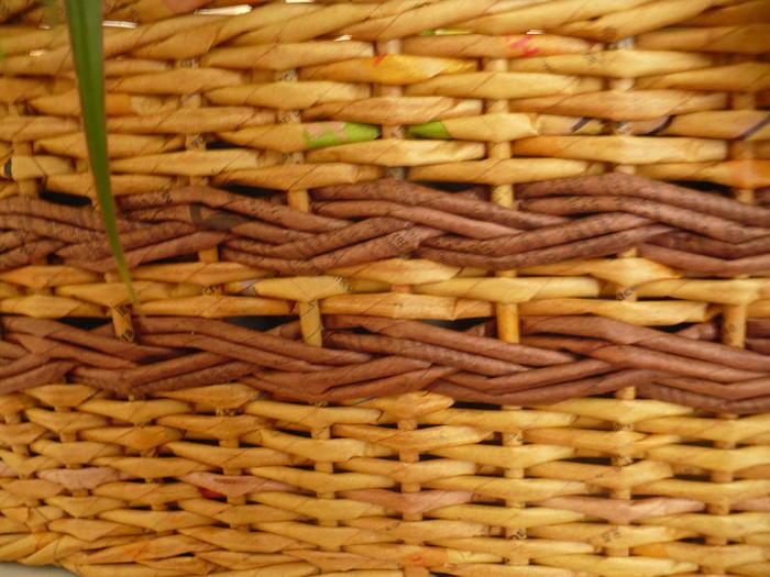 Плетение из газет узором косичка