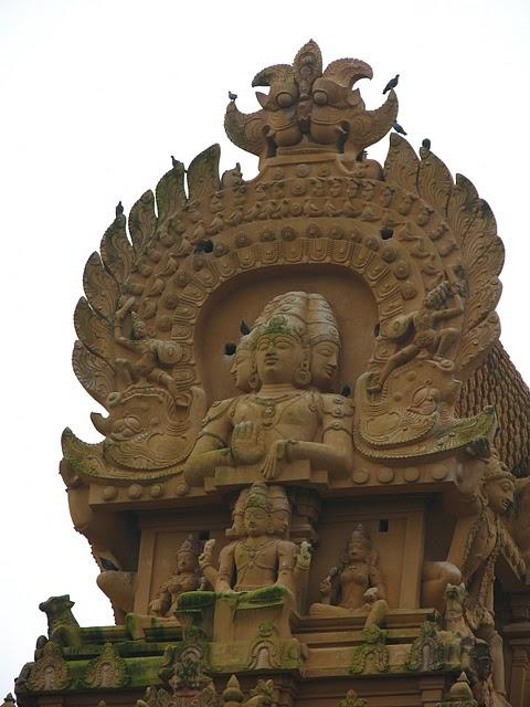 Танджавур - Брихандишвара Мандир (Brihadishwara Mandir) 22052