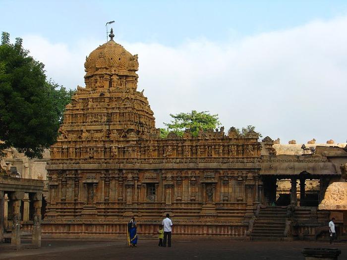 Танджавур - Брихандишвара Мандир (Brihadishwara Mandir) 41240