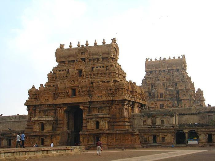 Танджавур - Брихандишвара Мандир (Brihadishwara Mandir) 70810
