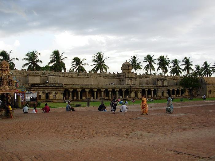 Танджавур - Брихандишвара Мандир (Brihadishwara Mandir) 87670