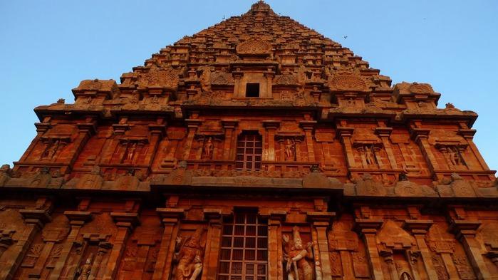 Танджавур - Брихандишвара Мандир (Brihadishwara Mandir) 98094