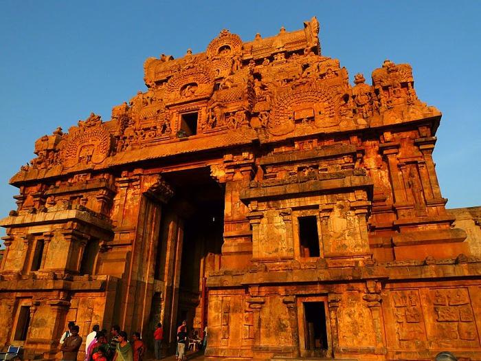 Танджавур - Брихандишвара Мандир (Brihadishwara Mandir) 27523