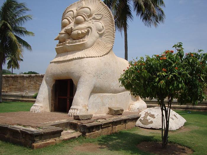 Танджавур - Брихандишвара Мандир (Brihadishwara Mandir) 67057
