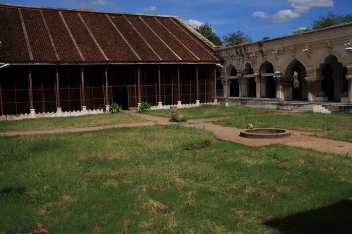 Танджавур - Дворец Наяков и музеи 48802