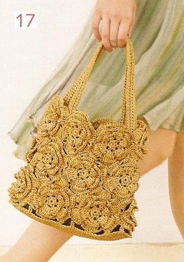 1. Вязаные сумки по одной схеме.