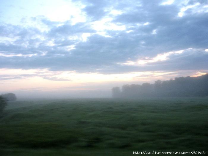 Солнечное утро в дороге 011 (700x525, 141Kb)