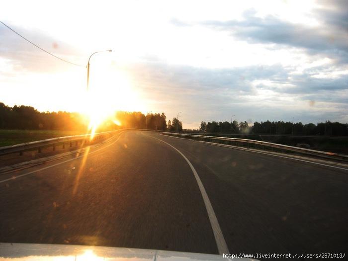 Солнечное утро в дороге 029 (700x525, 128Kb)