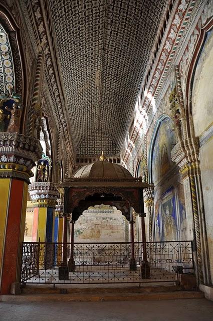 Танджавур - Дворец Наяков и музеи 65893