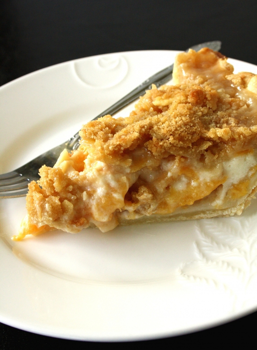 пирог яблочный/4278666_4986420966_4b607e73ab_Peaches__amp_Cream_Pie_O_1_ (513x700, 236Kb)