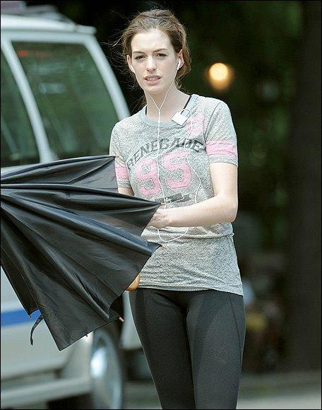 Anne Hathaway без макияжа/3185107_anna (456x580, 54Kb)
