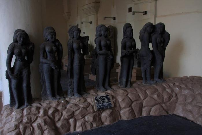 Танджавур - Дворец Наяков и музеи 12462