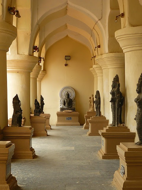 Танджавур - Дворец Наяков и музеи 16120