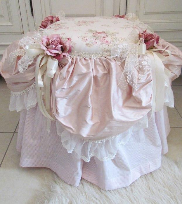 boudoir chair june 003 (623x700, 75Kb)
