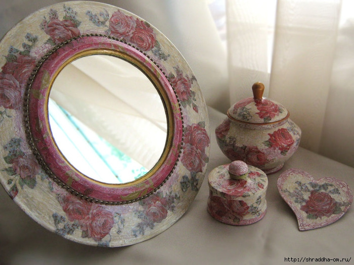 Набор Розовый цвет, зеркало, шкатулки, магнит на холодильник, акрил, декупаж, кракелюр, Shraddha 1 (700x525, 235Kb)