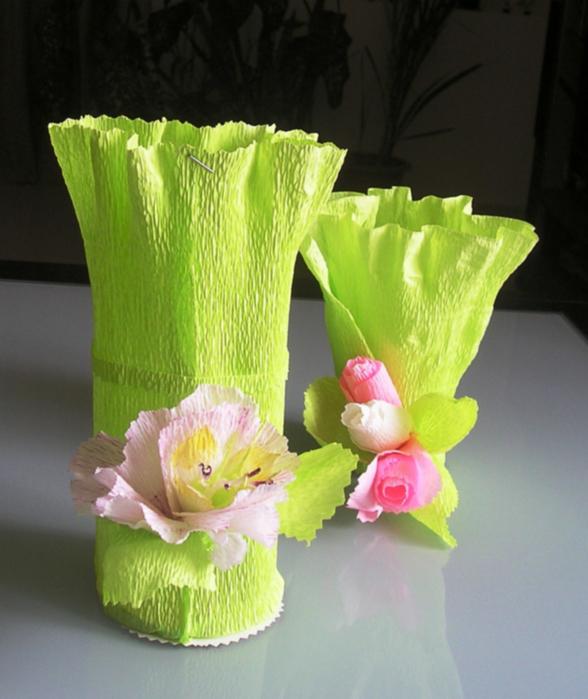 Как сделай упаковку для цветов из гофрированной бумаги
