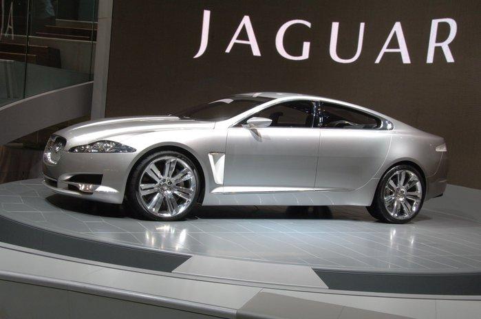 jaguar_2007_xf (700x464, 47Kb)