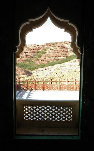 Джасвантх-Тхада 64876