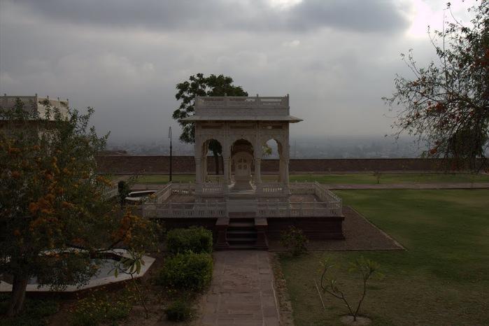 Джасвантх-Тхада 65991
