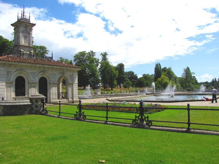 All sizes  Kensington Gardens - Hyde Park  Flickr - Photo Sharing! (700x523, 709Kb)