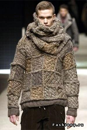 Вязание в галереях: вязание мужской безрукавки спицами, машине.