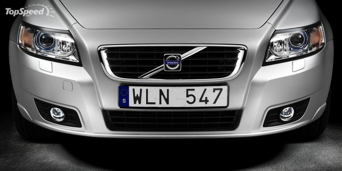2007-volvo-s40-and-v50-15_1600x0w (700x350, 59Kb)