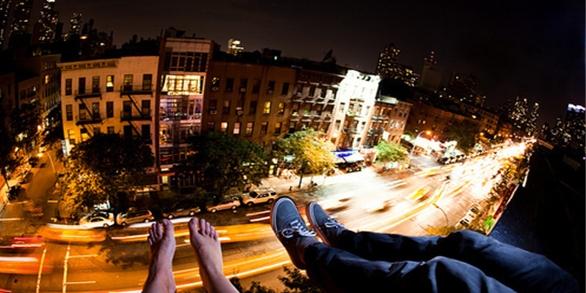 Beautiful, boy, building, city, couple, feet - image #105755.