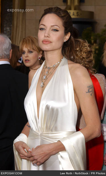 angelina-jolie-76th-annual-academy-awards-arrivals-pK4DOe (373x620, 50Kb)