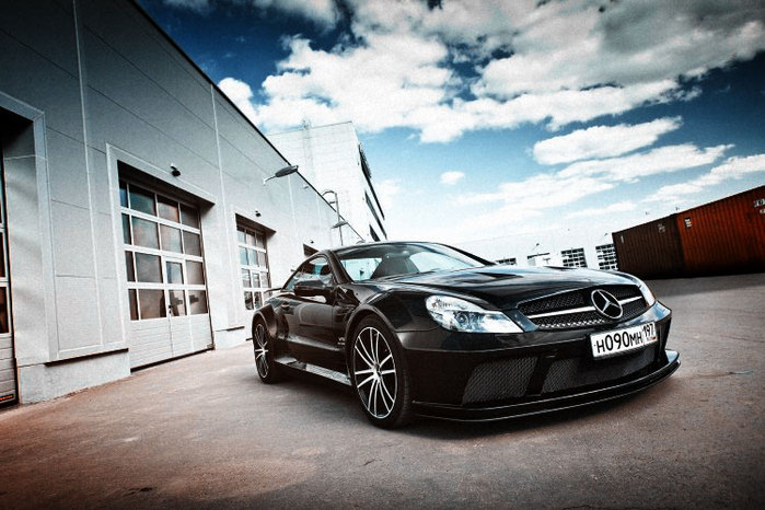 Mercedes‑Benz SL 65 AMG Black Series/2190614_MercedesBenz_SL_65_AMG_Black_Series (700x466, 92Kb)
