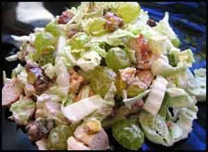 Салат с курицей пекинской капустой и виноградом рецепт