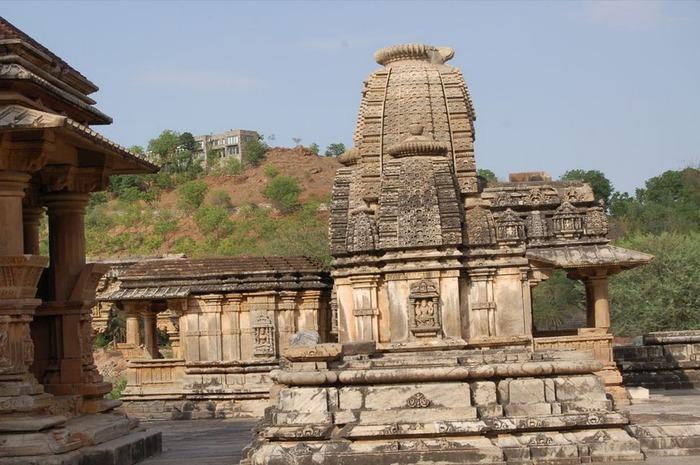 Храм Нагда - Nagda Sahasra Bahu temple 12624