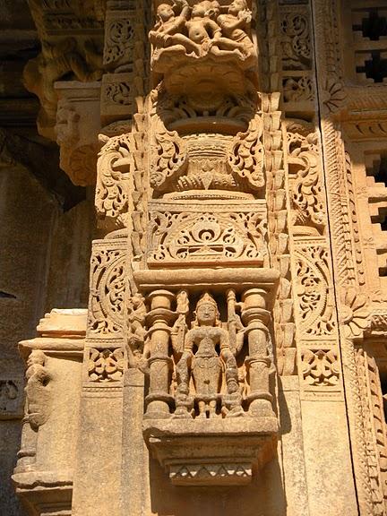 Храм Нагда - Nagda Sahasra Bahu temple 90915