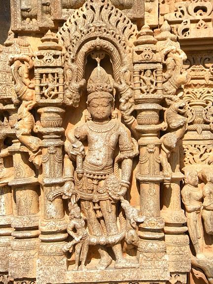 Храм Нагда - Nagda Sahasra Bahu temple 39660