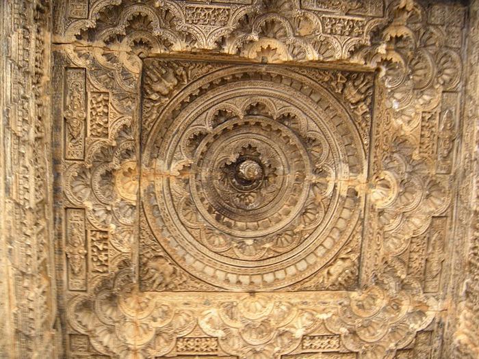 Храм Нагда - Nagda Sahasra Bahu temple 35370