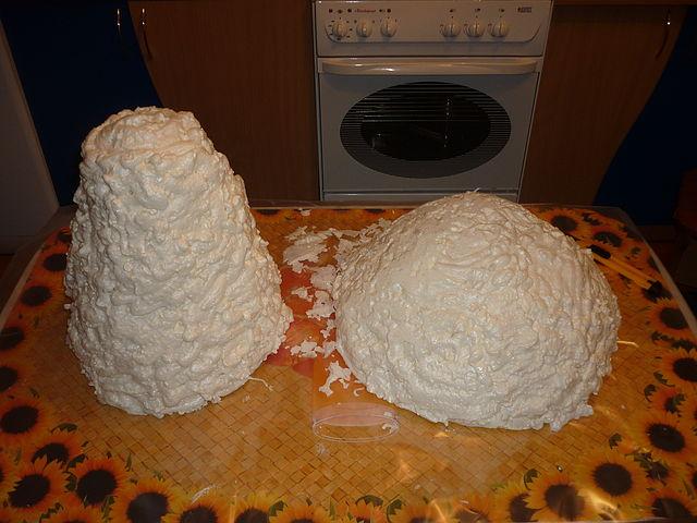 Как сделать гриб для сада своими руками из пены монтажной пены