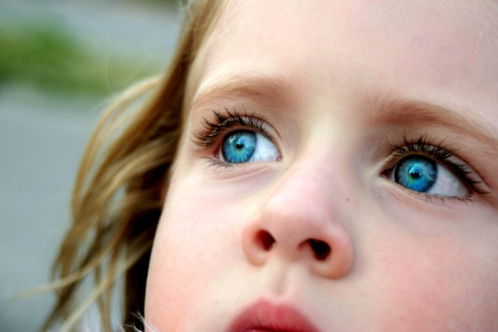 Blue_Eyes_by_kirstie1974 (700x466, 56Kb)