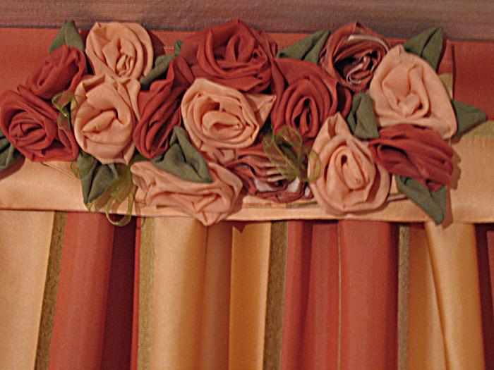 Красивые шторы. Розовый букет