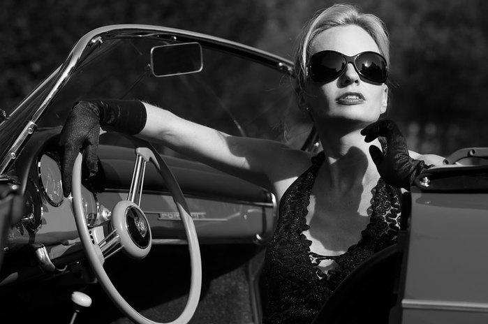 фото женщин за рулем/4171694_za_rylem (700x464, 51Kb)