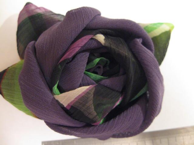 Сделать цветок из ткани на штору